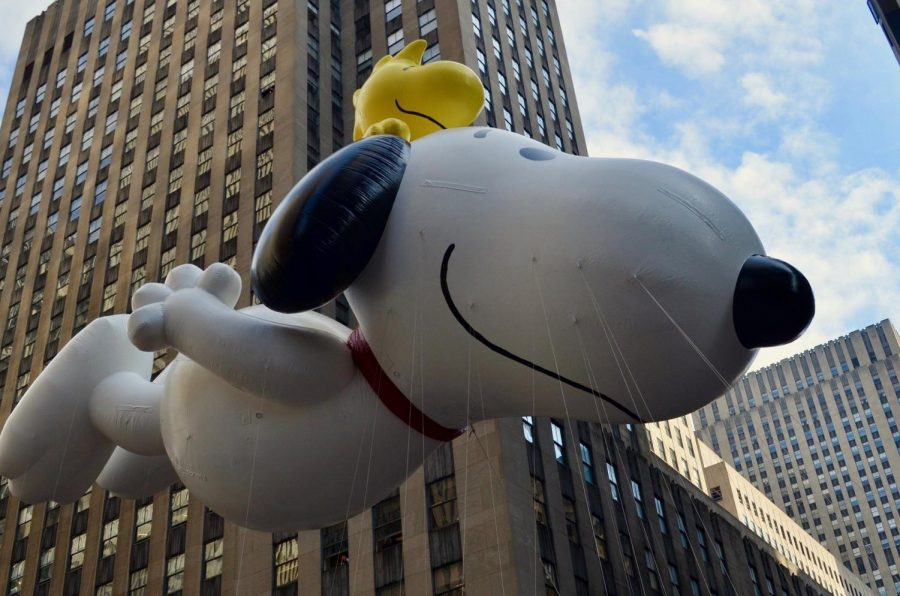 Helium+balloons+didn%27t+get+their+start+in+the+Macy%27s+parade+until+1927.+Snoopy+made+his+debut+in+1968.